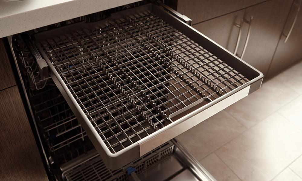 ماشین ظرفشویی Whirlpool مدل WDF520PADM