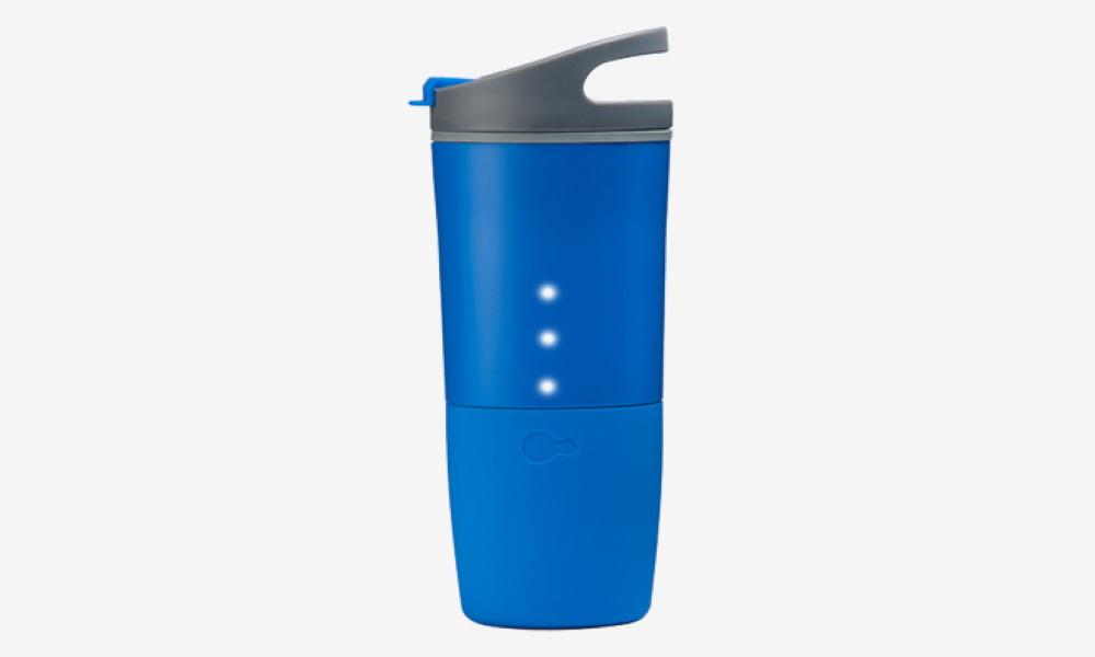 تصویر بطری هوشمند آب OZMO