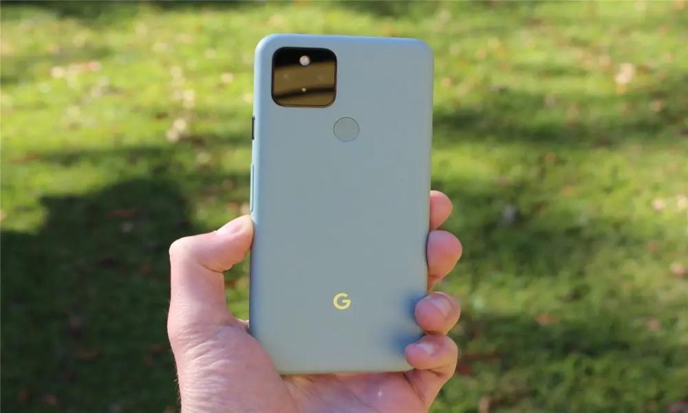 تصویر پشت گوشیهای پیکسل برند گوگل
