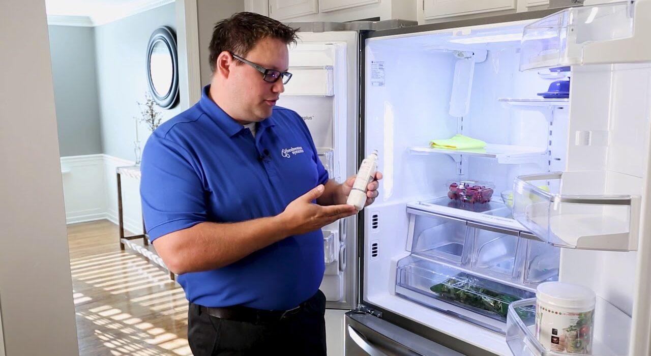 تعویض فیلتر یخچال را چگونه انجام دهیم؟