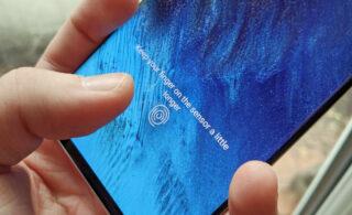 از گوشی آیفون ۱۳ با سنسور اثر انگشت اپتیکال رونمایی شد
