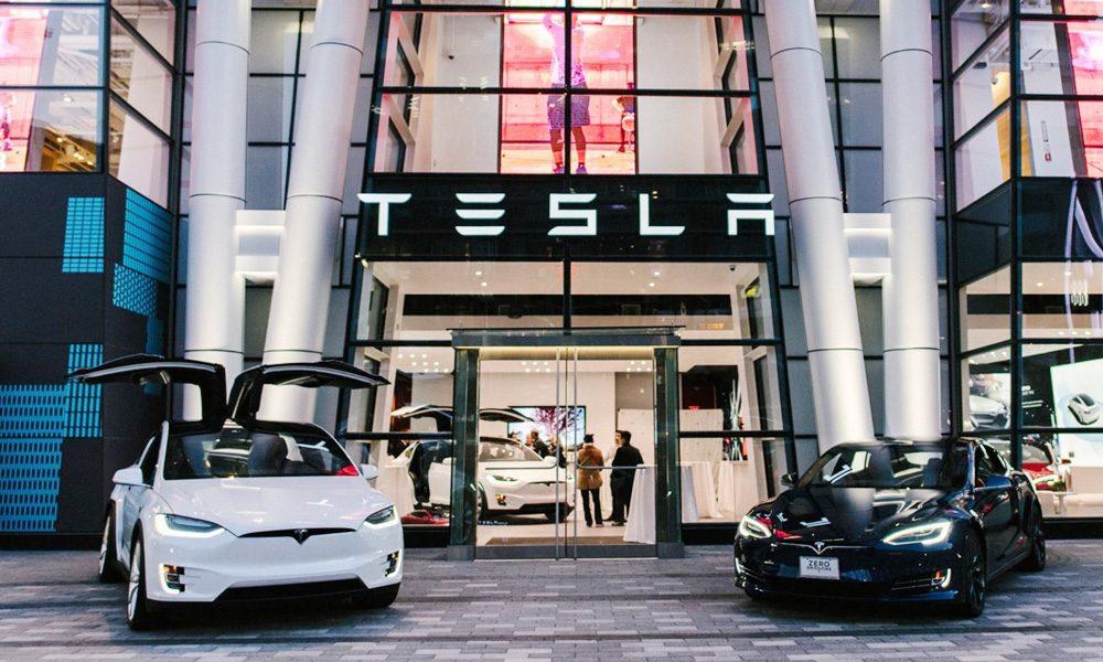 شمارش معکوس برای عرضه خودروهای هوشمند تسلا